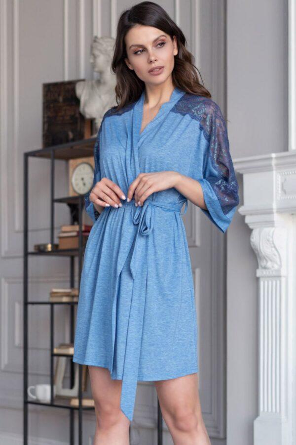 Изысканный домашний халатик с кружевными вставками