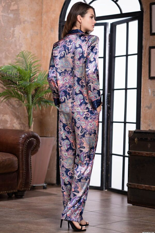 Уютная домашняя пижама с брючками
