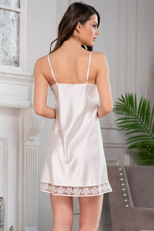 Роскошная короткая сорочка Marisia с кружевом