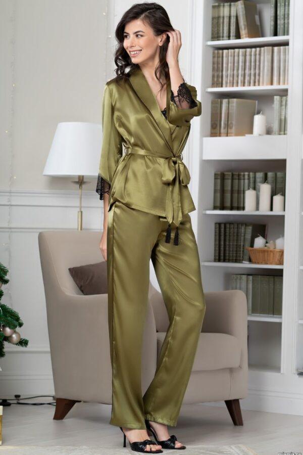 Элегантный шелковый комплект-тройка Olivia
