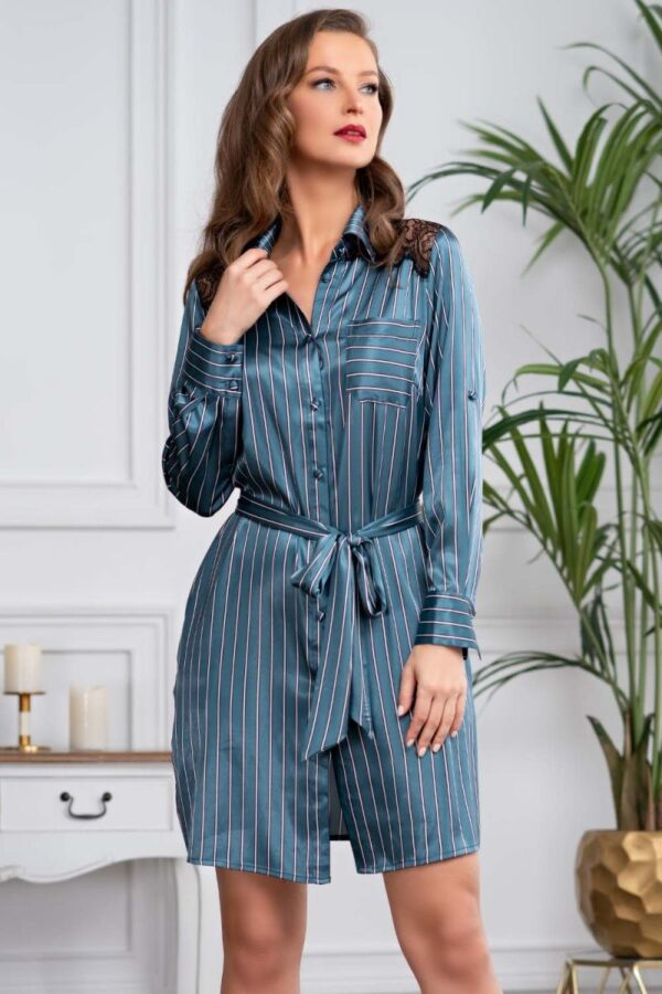 Стильное платье-рубашка на пуговках