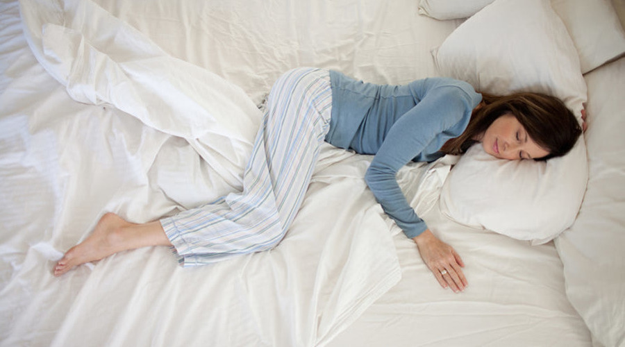 Как лучше спать для качественного сна